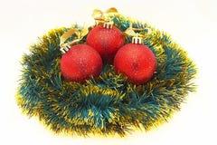 Esferas dos christmass dos vermelhos Fotos de Stock Royalty Free
