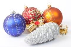 Esferas e brinquedos do ano novo Imagem de Stock Royalty Free