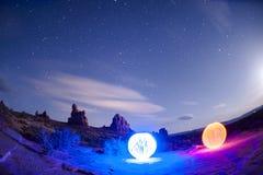 Esferas no parque nacional dos arcos - pintura clara Fotos de Stock Royalty Free