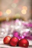 Esferas vermelhas da decoração do Natal imagem de stock