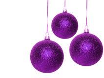 Esferas violetas do Natal foto de stock royalty free