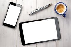 Esferográfica de Smartphone Whitespace do café da tabuleta imagens de stock royalty free