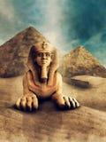Esfinge e pirâmides de pedra Fotos de Stock Royalty Free