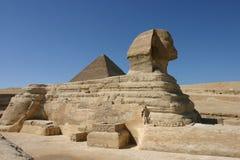 Esfinge en El Cairo imagenes de archivo