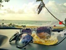 Esfrie demasiado (a praia) Fotografia de Stock
