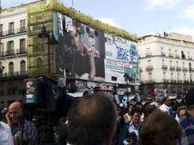 Esiga il segno e la gente durante il Revolutio spagnolo Fotografie Stock