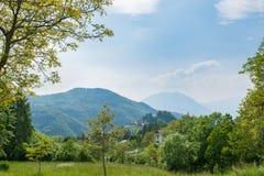 Esino Lario (913 m), Italië Stock Foto's