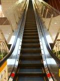 eskalatoru wydziałowy sklep zdjęcie stock
