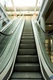 Eskalatory idą w górę i na dół Obraz Stock