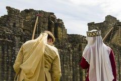 Żeńskie łuczniczki Średniowieczny pokaz Warkworth, Northumberland england UK Zdjęcia Royalty Free
