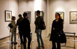 Eskisehir Turcja, Marzec, - 4, 2017: Ludzie w dzisiejszych ustaw dziąsłach Obrazy Stock
