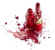 Esmalte de uñas, sombra de ojos y lápiz labial Fotos de archivo