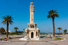 Esmirna, torre de reloj en el cuadrado de Konak Imágenes de archivo libres de regalías