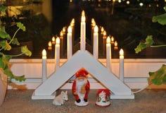 Espírito do Natal na janela Fotografia de Stock Royalty Free