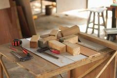 Espaço de trabalho do carpinteiro imagens de stock
