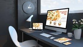 Espaço de trabalho dos azuis marinhos com Web site responsivo do projeto do alimento responsivo da ordem dos dispositivos ilustração royalty free