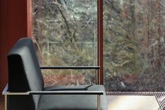 Espaço moderno da sala de estar do projeto interior imagens de stock royalty free