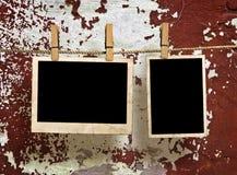 Espaços em branco da película que penduram em uma corda Imagem de Stock Royalty Free