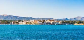 España Mallorca, vista panorámica de la costa costa en Oporto Colom imagen de archivo libre de regalías
