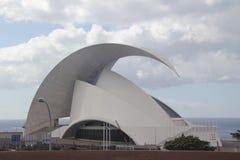 España, Tenerife, vistas del océano y de la sala de conciertos Fotos de archivo libres de regalías