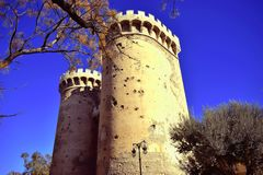 España, Valencia, cuarto de galón se eleva, se escuda, pared medieval de Valencia Imágenes de archivo libres de regalías