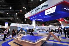 Espace de St présentant son MRO et solutions de conversion à Singapour Airshow Image libre de droits