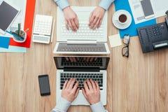 Espace de travail adapté aux besoins du client Photographie stock libre de droits