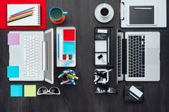 Espace de travail adapté aux besoins du client de bureau Image stock