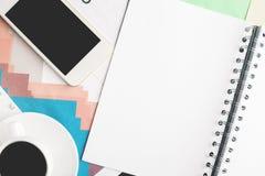 Espace de travail avec des objets Images stock