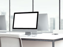 Espace de travail avec l'écran de moniteur vide rendu 3d Photo stock