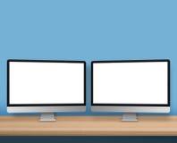 Espace de travail avec la maquette de deux ordinateurs photographie stock libre de droits