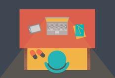 Espace de travail avec le style plat d'ordinateur portable Images libres de droits