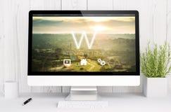 espace de travail blanc avec le web design d'ordinateur Image stock
