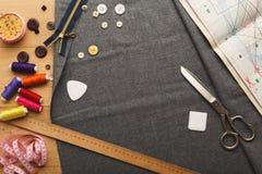 Espace de travail de couturier, vue supérieure Photo libre de droits