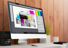 espace de travail moderne avec la disposition de conception d'ordinateur Image libre de droits