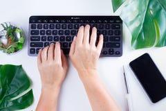 Espace de travail plat de siège social de configuration Image libre de droits