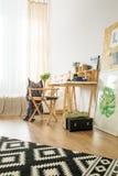Espace de travail pour le jeune hippie Photo libre de droits