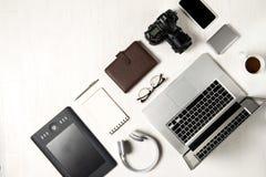 Espace de travail pour le photographe, concepteur Configuration plate de lapto Photos libres de droits