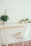 Espace de travail scandinave de démarrage de style Photos stock