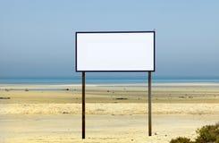 Espace vide sur le signe de plage Images stock