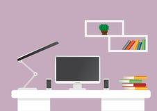 Espacio de trabajo creativo de la mesa de la oficina Mofa para arriba Fotos de archivo libres de regalías