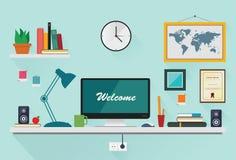 Espacio de trabajo creativo de la oficina en diseño plano Fotografía de archivo