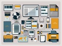 Espacio de trabajo moderno de la oficina en diseño plano Fotos de archivo libres de regalías