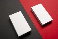 Espacio en blanco de la tarjeta de visita sobre fondo abstracto colorido Maqueta de marcado en caliente de los efectos de escrito Imagen de archivo