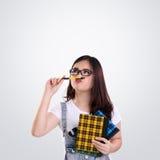 Espacio nerdy divertido de la copia de la muchacha en blanco Imágenes de archivo libres de regalías