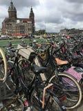 Espacios de estacionamiento de la bicicleta Fotos de archivo libres de regalías