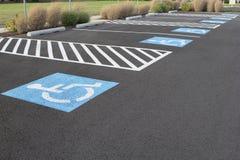 Espacios de estacionamiento perjudicados Foto de archivo libre de regalías