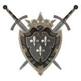 Espada del caballero Dos cruzaron al caballero de la espada y del escudo heráldico medieval Fotos de archivo
