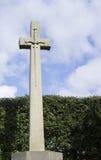 Espada na cruz de pedra Fotos de Stock