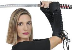 Espadachín del samurai de la mujer Imagenes de archivo